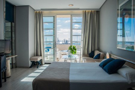 puerto-sherry-room-sea-views