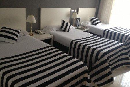 Triple-room-hotel-esentia-togumar-madrid
