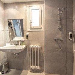 bathroom-esentia-togumar-madrid
