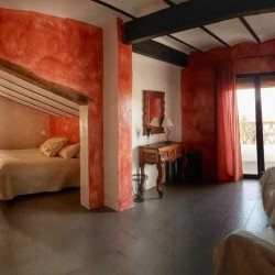 dobuel-room-balcony-finca-aldabra-granada