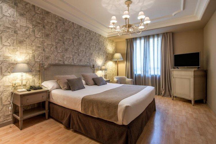 double-room-hotel-vincci-lys