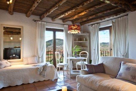 es-cucons-hotel-rural-suites