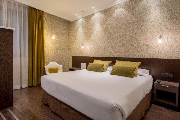 room-terraza-centrum-hotel-vincci-madrid