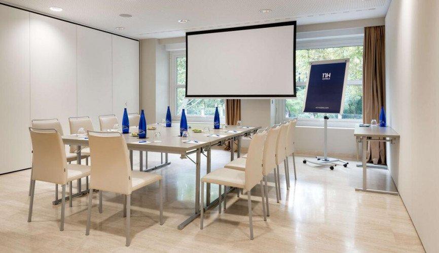 meeting-room-nh-hotel-nacional-madrid