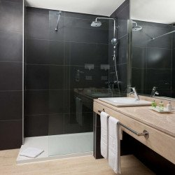 bathroom-nh-madrid-nacional