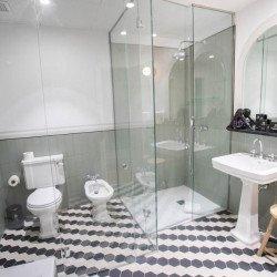 bathroom1-soho-boutique-congreso-madrid