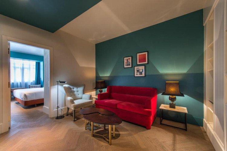 living-room-junior-suite-hotel-vincci-the-mint