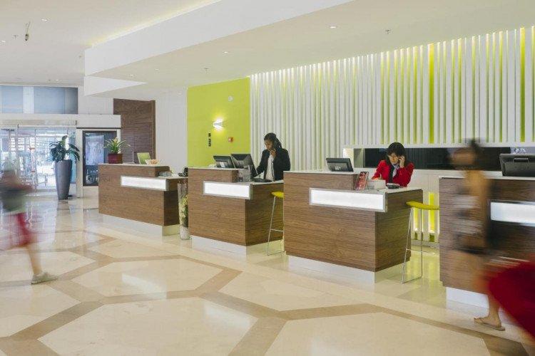 reception-coliving-princesa-plaza-madrid-hotel